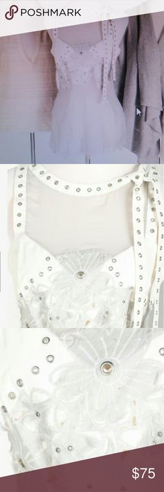 Gorgeous Philosophy Di Alberta Ferretti top White tank top with silver tone open buttons and  mesh accent Philosophy di Alberta Ferretti Tops