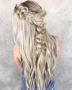 Take a look at these stunning Dutch braid hairstyles and get inspired for your next hairdo. Wedding Hair And Makeup, Bridal Hair, Hair Makeup, Hairstyle Wedding, Prom Makeup, Pretty Braided Hairstyles, Easy Hairstyle, Bangs Hairstyle, Braided Updo