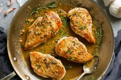 5 The Best Breakfast Foods for Weight Loss – Modells. Garlic Chicken, Tandoori Chicken, Tapas, Eating Eggs, Lchf Diet, Vegetarian Keto, Best Breakfast Recipes, People Eating, Morning Food