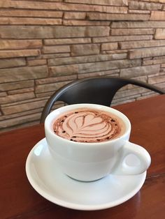 Hot Chocolate at Patika, Austin, USA Coffee Lovers, Caffeine, Chocolates, Hot Chocolate, Latte, Texas, Happiness, Posts, Usa