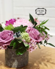 Mother's Day 💕- That time of a year when we say thank you for a lifetime of unconditional love. Flowers are pen and paper. You write the message! We are a charming boutique florist Downtown Oakville. Our signature flower arrangements do have the WOW factor. Order online or visit our store for a wider selection. Peruvian Lilies, Hydrangea Garden, Wax Flowers, Dear Mom, Pen And Paper, Wow Products, Spring Flowers, Dahlia, Flower Arrangements