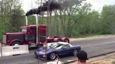 See Corvette humiliated by Truck in a Drag Race