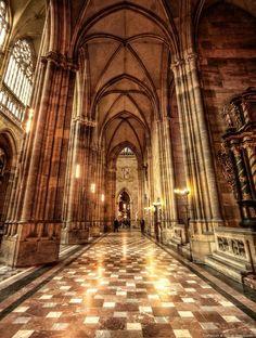 Prag - St. Veits Dom IV by pingallery.deviantart.com on @DeviantArt