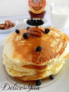C'est mercredi, il fait tout gris, et si on allait prendre le goûter (ou le petit déjeuner c'est comme vous voulez) direction les États-Unis avec une petite recette de Pancakes , ça vous tente ? Pour la recette, je me suis grandement inspirée du livre...