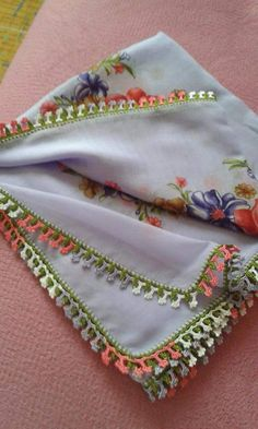 ... Saree Tassels, Cheese Cloth, Traditional Outfits, Crochet, Diy And Crafts, Coin Purse, Projects To Try, Embroidery, Crochet Edgings
