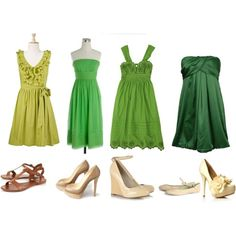 mismatched bridesmaids... blue or green (probably blue to match flowers)