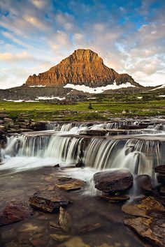 Reynolds Creek & Reynolds Mountain (Glacier N.P.) - Logan Pass