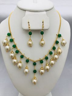 Emerald beads and pearls simple chain with earrings set – Globus Fashions Pearl Necklace Designs, Gold Earrings Designs, Beaded Jewelry Designs, Gold Jewellery Design, Bead Jewellery, Jewelry Ideas, Handmade Pearl Jewelry, Jewelery, Earrings Handmade