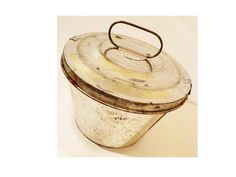Mid Century Antique Tin Vintage Bundt Cake Pan