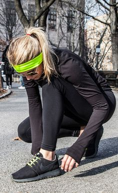 geared up for fall and winter running. It's coming and we don't stop!Get geared up for fall and winter running. It's coming and we don't stop! Sport Fashion, Look Fashion, Fitness Fashion, Workout Attire, Workout Wear, Workout Outfits, Fitness Workouts, Athletic Outfits, Sport Outfits