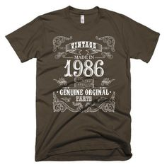 Men's 32 years old Born in 1986 T-shirt