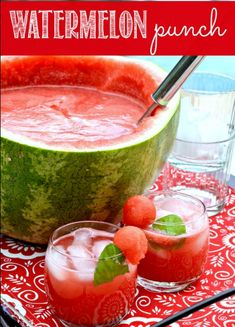Party punches are delicious, refreshing and often times full of fruit. Here are non-alcoholic punch recipes so everyone at your shindig can enjoy it. Summer Bbq, Summer Drinks, Summer Days, Enjoy Summer, Summer Parties, Party Drinks, Fun Drinks, Beverages, Mixed Drinks