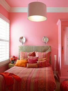 This Pink Bedroom In San Francisco California By Designer Stephen Shubel Incorporates A Range Of Pinks With Pops Orange The Neutral Colored Headboard