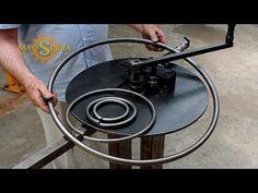 Metal Bending Tools, Metal Working Tools, Metal Tools, Metal Projects, Welding Projects, Iron Furniture, Industrial Furniture, Ring Roller, Tiling Tools
