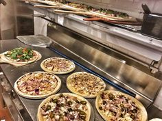 Pizza party time!  #pizza #kreate #kreatepizza #kreateglendale #whatwillyoukreate #northhollywood #highlandpark #glendale #silverlake #pizzalove #pizzaporn #pizzatime #foodie #foodgasm #foodporn #eat #eater #losangeles #california #eaglerock #goodeats #burbank #lunch