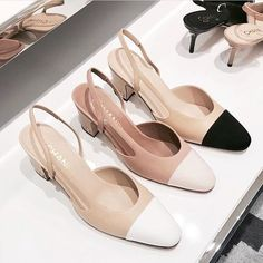 Chanel slingbacks - i am obsessed with this shoes for a year and i am still saving up. Pretty Shoes, Beautiful Shoes, Cute Shoes, Women's Shoes, Me Too Shoes, Shoe Boots, Chanel Shoes Flats, Chanel Pumps, Designer Shoes Heels
