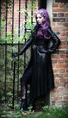 Model: Lady Anna Calypso Coat & Pants: Dark in love/ Gothlolibeauty Wig:Black Candy Fashion Hair clips: Kalithea Alternative Accessories Victorian Goth, Vintage Gothic, Hot Goth Girls, Gothic Girls, Goth Beauty, Dark Beauty, Death Metal, Dark Fashion, Gothic Fashion