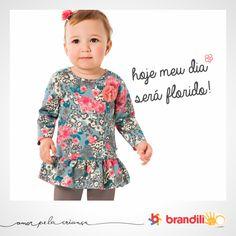 Roupa para bebê fofinha. As flores como destaque! #lookbrandili