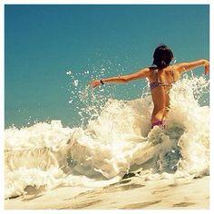 Cool photo idea for the beach