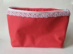 Taschenorganizer - Rote Kosmetiktasche mit Spitze - ein Designerstück von Norsthings bei DaWanda