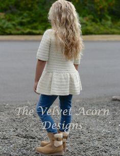 Crochet Girls, Crochet For Kids, Crochet Baby, Knit Crochet, The Script, Velvet Acorn, Knitting Patterns, Crochet Patterns, Crochet Cardigan