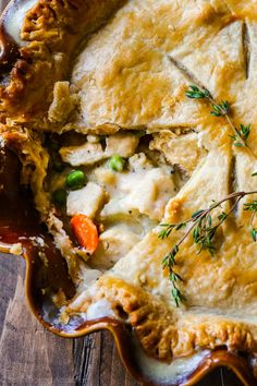 Double crust chicken pot pie makes the BEST comfort food dinner for the whole family! Recipe found on… Amish Recipes, Cooking Recipes, Kraft Recipes, Pie Crust Recipes, Casserole Recipes, Hamburger Casserole, Sallys Baking Addiction, Crusted Chicken, Food Dishes