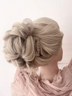Pastel Wedding Theme, Wedding Themes, Blonde Bridal Hair, High Bun Wedding, Luxury Hair, Girls Life, Textured Hair, Updo, Bridesmaids
