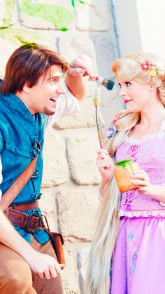 Rapunzel and Flynn Rider iPhone 6 Plus backgrounds. Disney Day, Cute Disney, Disney Magic, Disney Parks, Disney Pixar, Walt Disney, Disney Princess Rapunzel, Disney Tangled, Rapunzel Cosplay