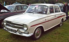 1962 Vauxhall Victor VX490 FB de-luxe 1508cc 4-cylinder OHV Engine (image by Robert Knight)