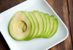 How to slice an avocado perfectly -- so much better for sandwiches than the wedges I wind up making!!
