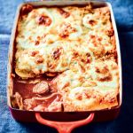 Making lasagne is an arse. A labour of love. An every-pan atrocity strewn around the desolate wasteland of what was formerly your kitchen. I have made dozens of lasagnes in my short lifetime, and h… My Recipes, Pasta Recipes, Whole Food Recipes, Lasagne Recipes, Weekday Meals, Budget Meals, Food For Thought, Family Meals, Meal Ideas