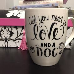 64 cute and funny DIY coffee cup design ideas you should try Diy Coffee Dog Coffee, Coffee Cups, Tea Cups, Funny Coffee, Coffee Art, But First Coffee, I Love Coffee, Sharpie Mug Designs, Sharpie Mugs