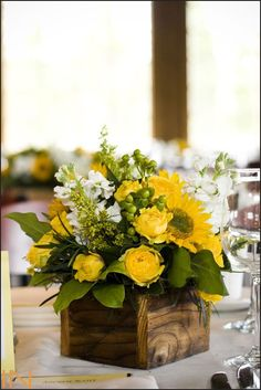 Fall Flower Arrangements - idea here is the square vase.Fall Flower Arrangements - idea here is the square vase. Curious what we need to keep in mind when working with a square vase vs. How to Create. Easter Flower Arrangements, Easter Flowers, Beautiful Flower Arrangements, Spring Flowers, Beautiful Flowers, Sunflower Floral Arrangements, Flowers Garden, Beautiful Pictures, Sunflower Centerpieces