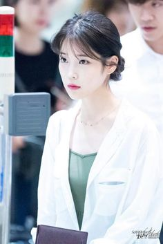IU 160724 Incheonairport