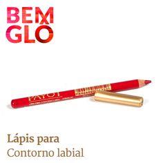 Delineando os lábios, o batom fica bem mais bonito. Vem ver nosso lápis para contorno labial, vem! (Disponível em duas opções de cores) #bemglo #make #lapislabial