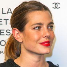 ¡Carlota Casiraghi cumple 30 años! Un repaso por 30 de sus mejores 'beauty looks'