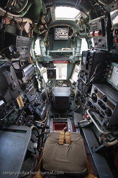 Poste de pilotage d'un Beriev BE-12