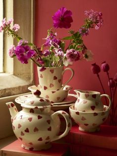 Emma Bridgewater pink hearts spongeware. Looks stunning against this colour