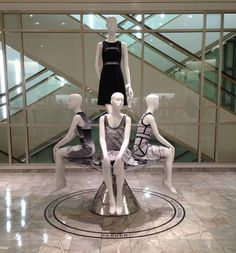 """SAKS FIFTH AVENUE, Chicago, Illinois,USA, """"Stand Out"""",display by Sue Hawks, pinned by Ton van der Veer"""