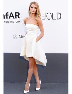 Fashion Moment - Rosie Huntington-Whiteley in White Dior