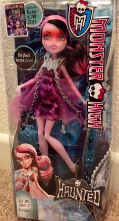 MONSTER HIGH HAUNTED DRACULAURA Getting Ghostly NEW In Hand #DollswithClothingAccessories
