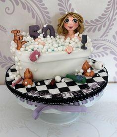 50th bubbly bath cake