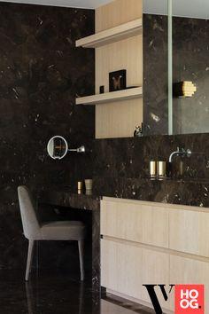 Karaktervolle villa in groene rand rond Antwerpen - Hoog ■ Exclusieve woon- en tuin inspiratie. Luxury Living, Bathroom Lighting, Interior Design, Mirror, House, Furniture, Villa, Home Decor, Modern