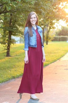 Modest dressy casual outfit idea for church//mikarose solid miranda dress in burgundy//maxi dress//denim jacket//leopard flats//style inspiration for fall//comfy//simple//feminine//classy//pretty. Burgundy Casual Dress, Dressy Casual Outfits, Simple Fall Outfits, Modest Outfits, Chic Outfits, Fashion Outfits, Elegant Dresses Classy, Classy Dress, Pretty Dresses