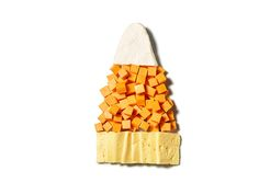 Looking for a cheese platter that's fun, festive AND a cinch to put together? #FNMag's got you covered this Halloween.