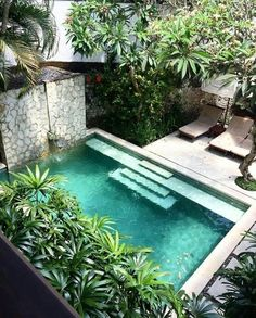 47 Lovely Small Courtyard Garden Design Ideas For Home.Gorgeous 47 Lovely Small Courtyard Garden Design Ideas For Home. Private pool and lush landscapes Idea Inspiring Small Design Ideas Swimming Pool 08 - Coziem modern-and-natural-swimming-pools Small Swimming Pools, Small Pools, Swimming Pools Backyard, Swimming Pool Designs, Backyard Landscaping, Backyard Ideas, Backyard Designs, Landscaping Design, Cozy Backyard