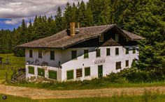 South Tyrol: Meran Region  Abandoned Guesthouse by...  Italia Italien Italy Abandoned Houses Meran Merano Mountain Region South Tyrol SwissFiveNine
