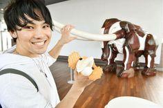 Rich flavored Ice cream is an elephant? #japankuru #yokohama #trip #travel #cooljapan #japan #backpack #daytrip #minatomirai #harbor #icecream #冰淇淋 #橫濱 #象鼻公園 #美味 #可愛 #일본여행 #요코하마 #당일치기 #아이스크림 #귀염주의 #f4f #followmeplease #picoftheday
