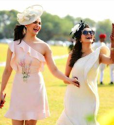 Alia Bhat's Wedding Wardrobe - Alia Bhatt is busy enjoying her best friend Kripa Mehta's in Jodhpur. Check out Alia Bhatt's wedding dresses like a yellow anarkali, glittering lehenga, floral embroidery and frill dress, etc. Bollywood Actress Hot Photos, Bollywood Style, Bollywood Actors, Bollywood Celebrities, Bollywood Fashion, Alia Bhatt Cute, Kids Dress Wear, Bridesmaid Outfit, Indian Bridesmaids