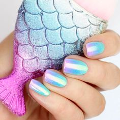 Best Ideas How to do Ombre Nails Designs + Tutorials ★ See more: https://naildesignsjournal.com/how-to-do-ombre-nails/ #nails